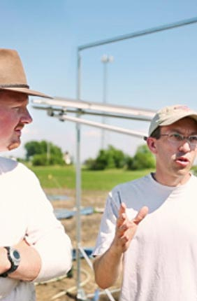 IGB faculty and co-PI Andrew Leakey, with PI and Director of the Enterprise Institute for Renewable Fuels Tom Brutnell, are working to develop a model plant system to improve drought tolerance and advance the sustainable capabilities of bioenergy grasses.