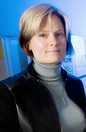 Joanna Shisler, Associate Professor of Microbiology, with Dr. Brian Ward from the University of Rochester, awarded grant to study the molluscum contagiosum virus (MCV) to identify ways to regulate its underlying proteins to formulate cures for infections and diseases such as cancer.