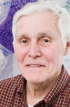 Professor of microbiology and a founding member of the University's Institute for Genomic Biology, Carl Woese was a giant among scientists. Best known for his discovery of Archaea, a third domain of life, his wider work and theories have transformed scientific thinking about the very origins of life and the nature of evolution.