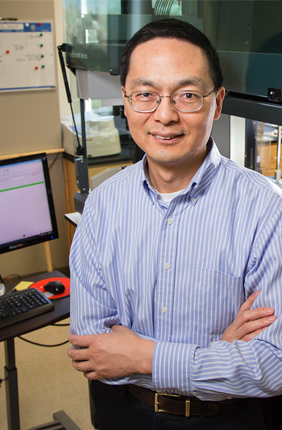 Professor of Chemical and Biomolecular Engineering and leader of the IGB's Biosystems Design research theme, Huimin Zhao is also the leader of the Center for Advanced Bioenergy and Bioproducts Innovation (CABBI) Conversion Theme.