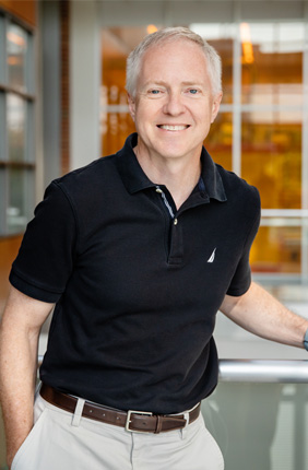 Professor of Electrical and Computer Engineering Brian Cunningham leads the Center for Genomic Diagnostics at the IGB.