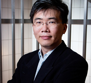 Professor Taekjip Ha, leader of the Cellular Decision Making in Cancer research theme at the IGB, has been elected to the National Academy of Sciences as well as the American Academy of Arts and Sciences.