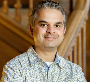 An international team of researchers, including Associate Professor of Anthropology Ripan Malhi, help clarify history of migration to the Americas with an extensive sequencing study.